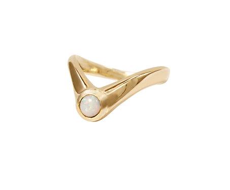 Opal Deep Point Ring