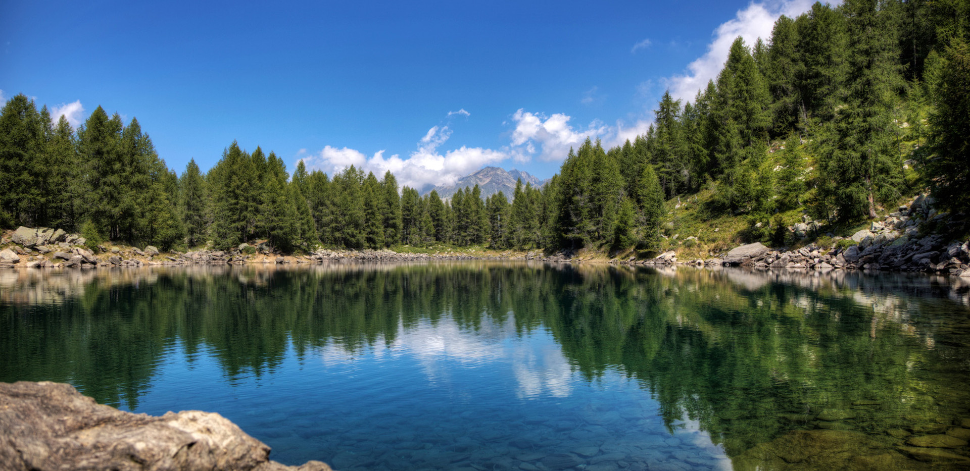 Lago-Azzurro-Madesimo-1.jpg