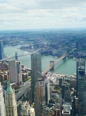 Widok na Most Manhattański i Brooklyński