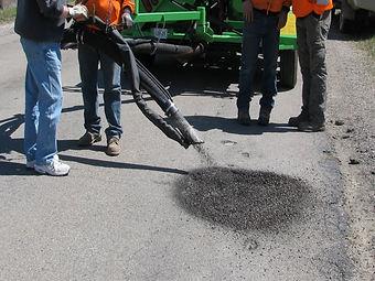 spray pothole repair