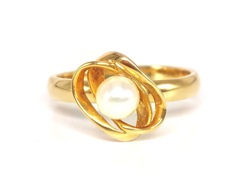 10K YELLOW GOLD RING WITH A WHITE PEARL - SIZE 9