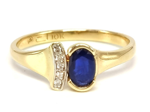10K YELLOW GOLD RING WITH DIAMONDS AND BLUE TOPAZ - SIZE 6.75