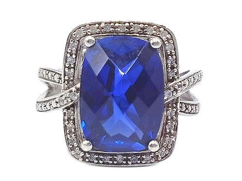 925 DIAMOND RING WITH SAPPHIRE STONE