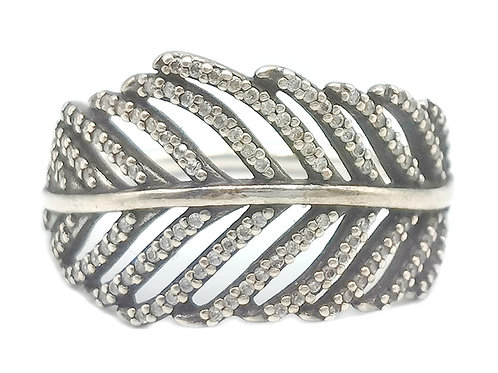 AUTHENTIC PANDORA 925 LIGHT AS A FEATHER RING -190886CZ