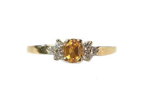 10K YELLOW GOLD TOPAZ RING WITH DIAMONS