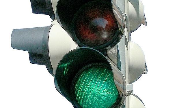 traffic-lights-193658_1280.jpg