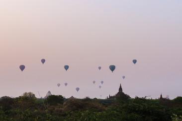 Bobbling Balloons