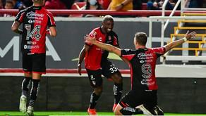 Asistencia y gol de Julio Furch en el triunfo del Atlas (video)