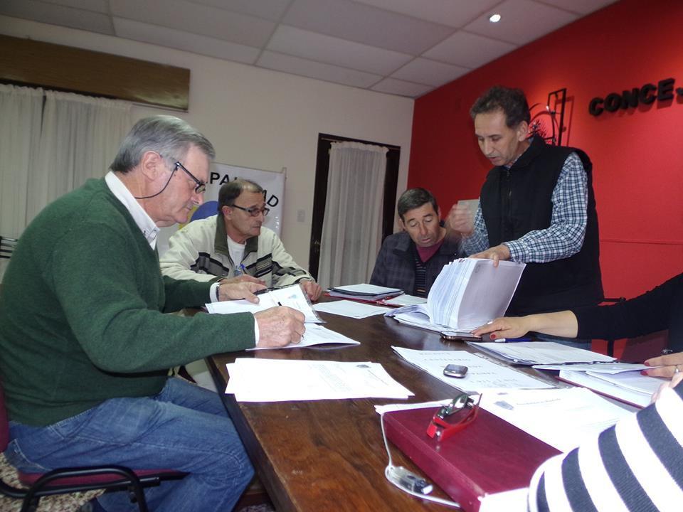 Concejales trabajando