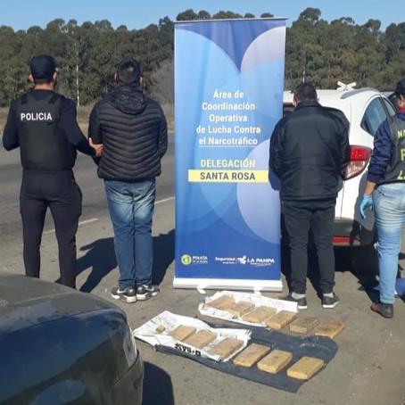 Detenciones y secuestro de 10,094 kilos de marihuana en cruce de rutas