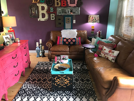 living room-pink furniture-boho style