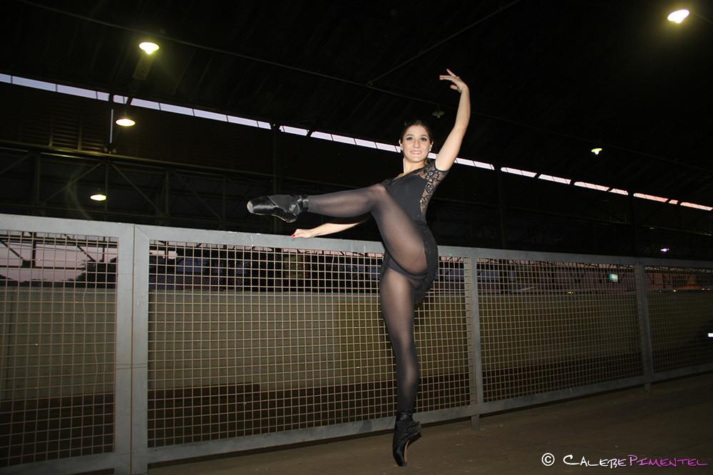 Daniela Wetten - Cisne Negro