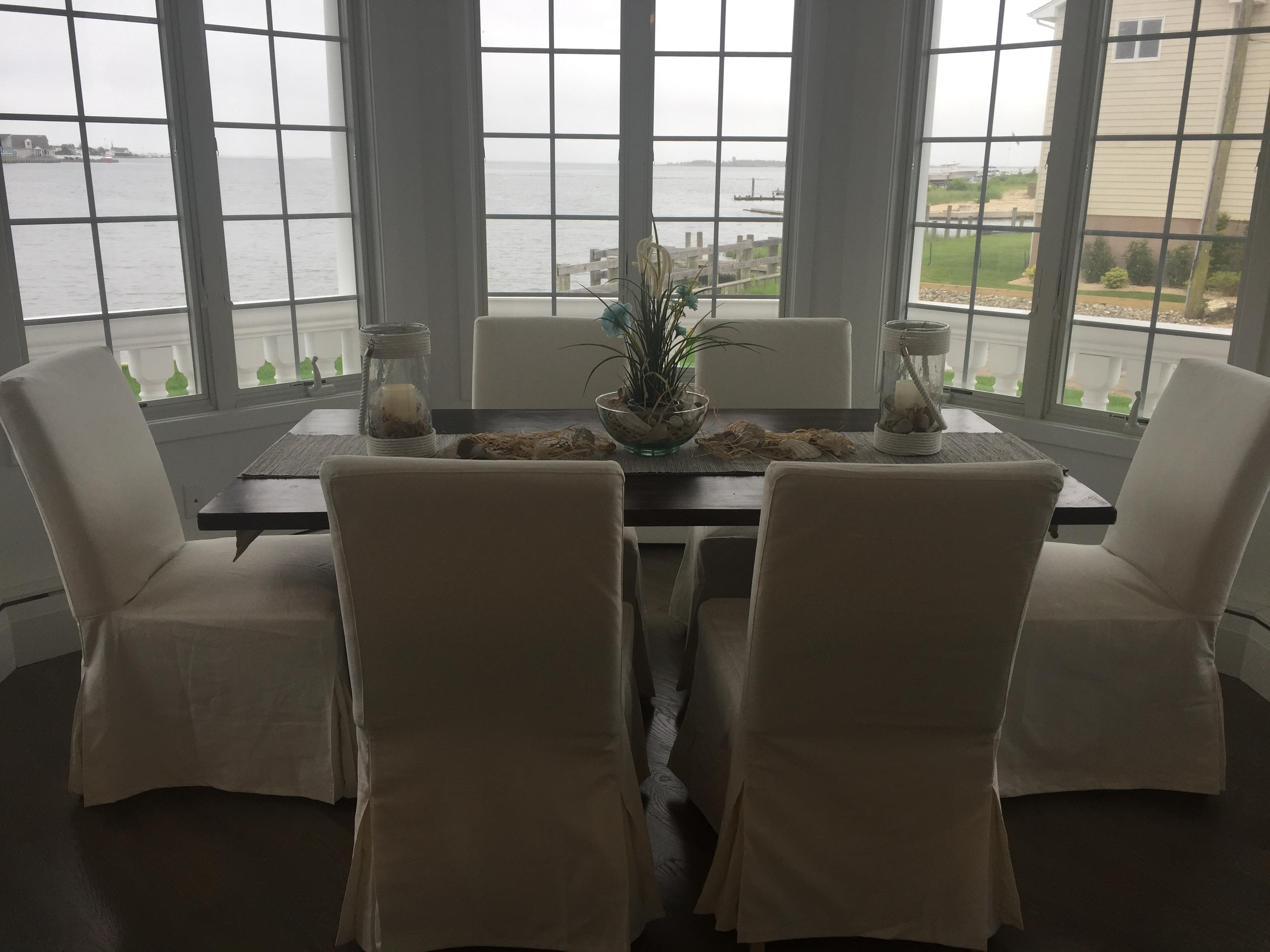 Dining Rm Harbor House
