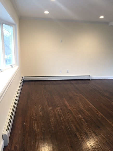Staged Long Island | Staging Your Home For Sale | Home Stager | Configuring Your Home | Increase Value | Sell Your Home | Hard Wood Floor | Dining Area | Before