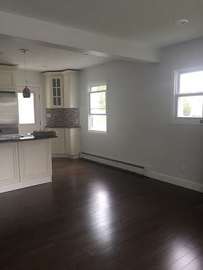 Staged Long Island | Staging Your Home For Sale | Home Stager | Configuring Your Home | Increase Value | Sell Your Home | Eating Area| Before