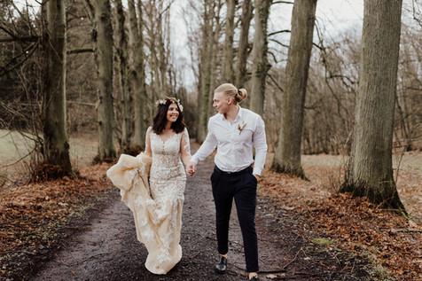Vintage Wedding Brautpaar Wald Hochzeits