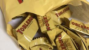 トブラローネ・チョコレートが三角形の訳、ご存知ですか?