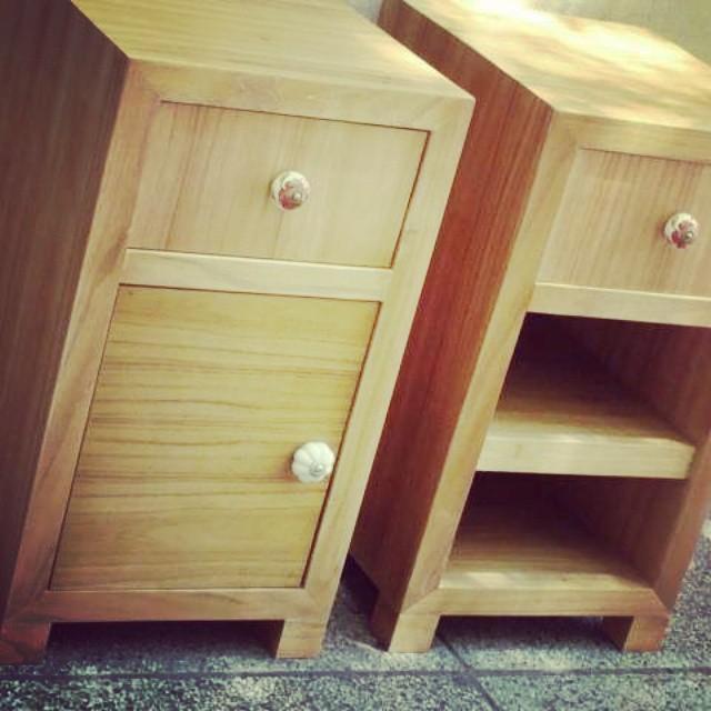 Mesa de luz #mesadeluz #clodohouse #mueble #handmade #house #buenosaires #argentina #furniture #wood