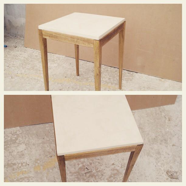 Mesa de madera y microcemento