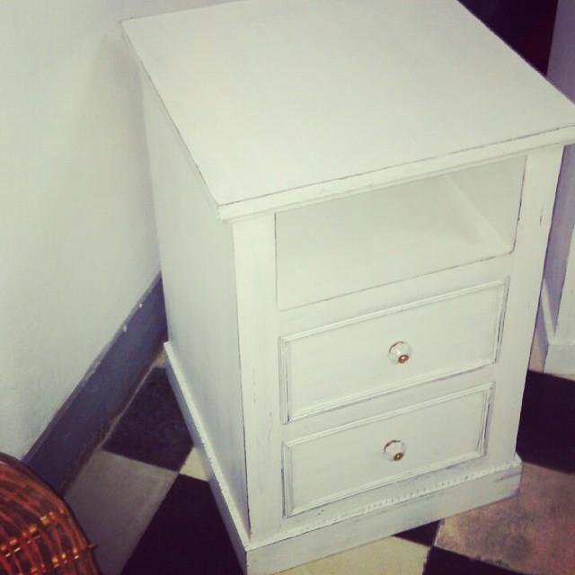 Mesa de luz ! Diseñala como te guste!! Cliente contento! !! #mesadeluz