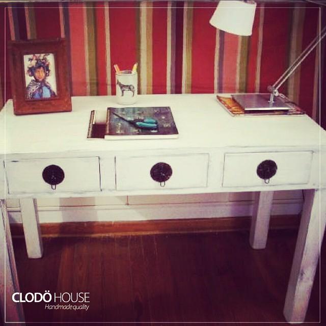 Escritorio en varios colores #furniture #handmade #vintage #oriental #buenosaires #argentina #clodoh