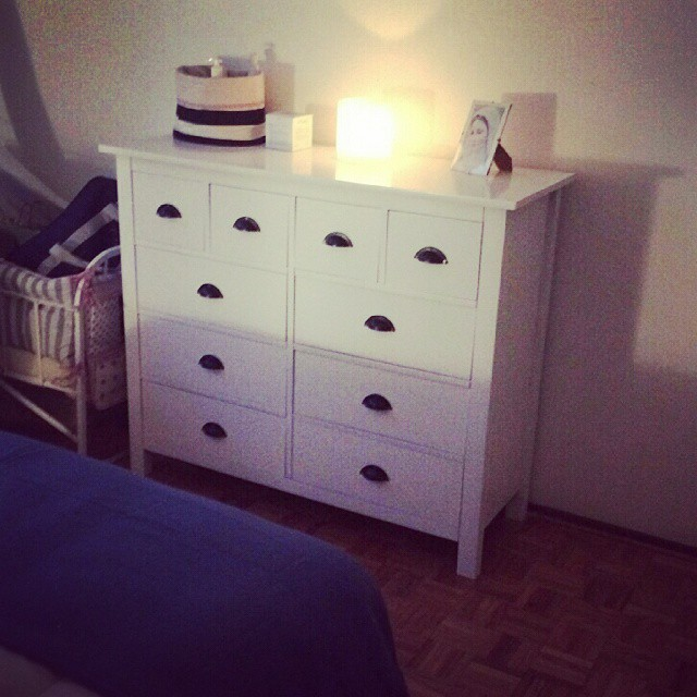 Cómoda laqueada recién entregada :) #comoda #herrajes #mueblesamedida #laqueada #dormitorio