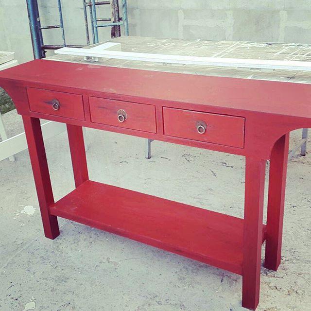 Dressoire listo para entregar! Divino en color rojo! #patinado #dressoire #mueblesamedida #muebledee