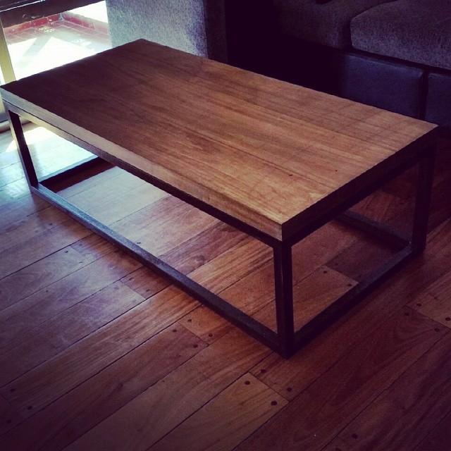 Mesa ratona de madera maciza.  Entregada.. cliente contento .