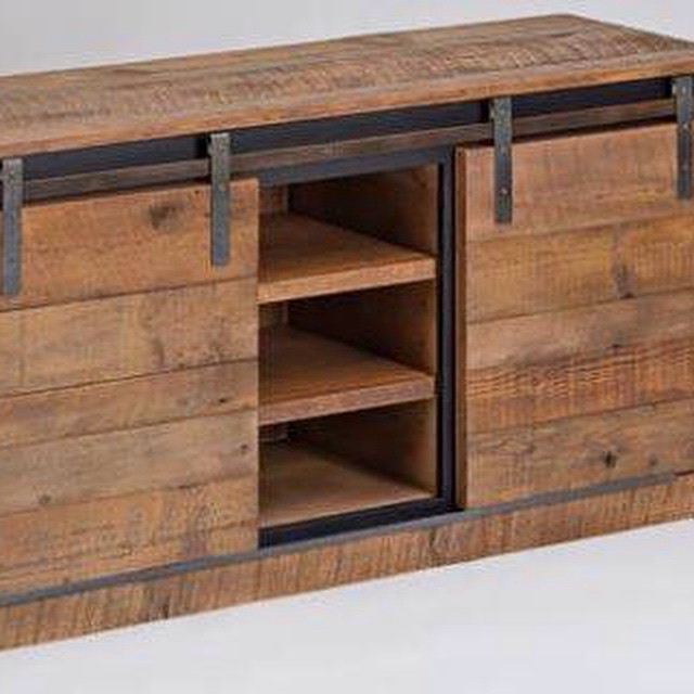 #industrial #trending #furniture #muebles #living #clodohouse #madera #wood #iron
