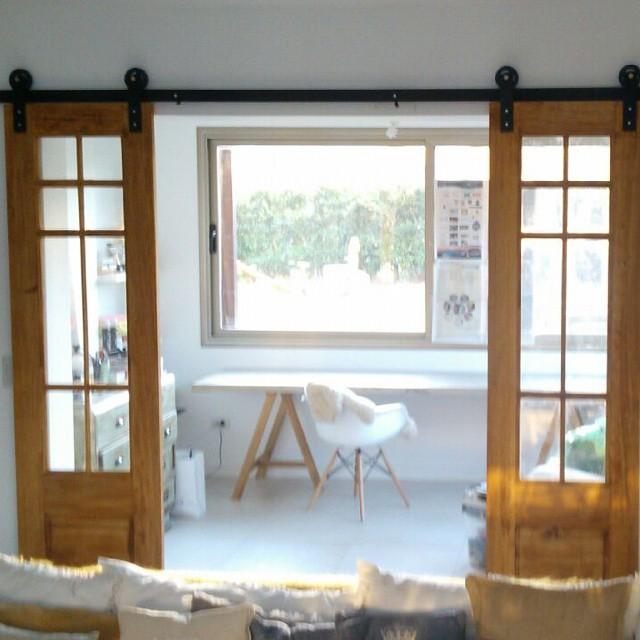 Que feliz estoy con este proyecto. Puertas deco de madera y vidrio con hierro