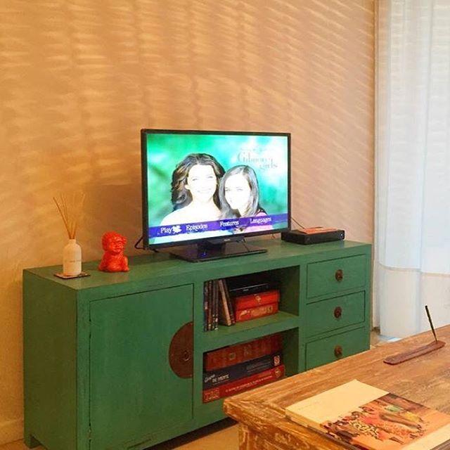 Mueble de tele oriental 140 x 40 x 60 en verde! Divino!!
