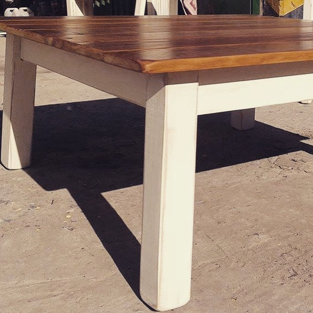 Mesa baja #mesabaja #mesa #table #clodohouse #buenosaires #argentina #white #balcon #handmade