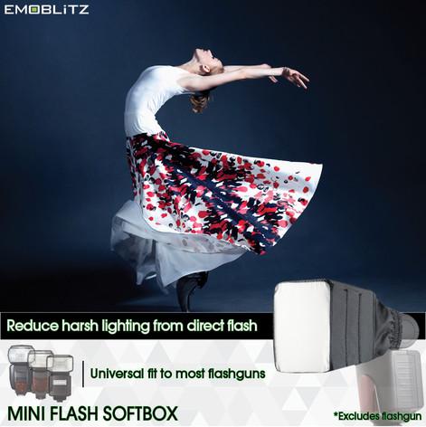 Universal Mini Flash Softbox compatible with majority of on-camera hotshoe speedlight flash