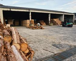 原木の加工
