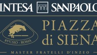 Waiting for Piazza di Siena