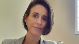 Dra. Lidiane Caldeira