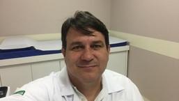 Dr. Roni Oliveira