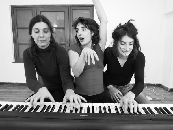 quatuor Alcalines b.jpg