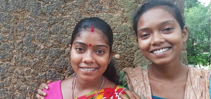 shudeepta-and-her-sister1.jpg
