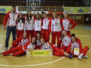 Кошаркаши српске гимназије прваци ђачке олимпијаде мађарске, кошаркашице трећепласиране