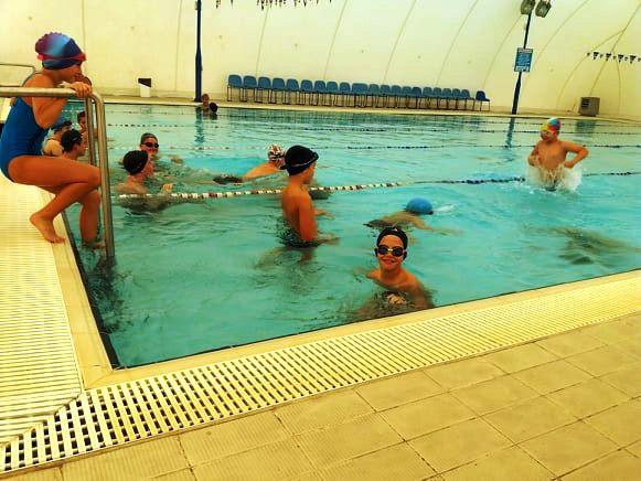 úszás órán.jpg