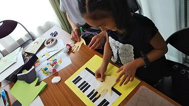 絵本作り ピアノ.JPG