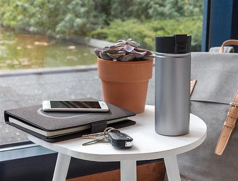 Taza de café al vacío  con exterior de cerámica gris
