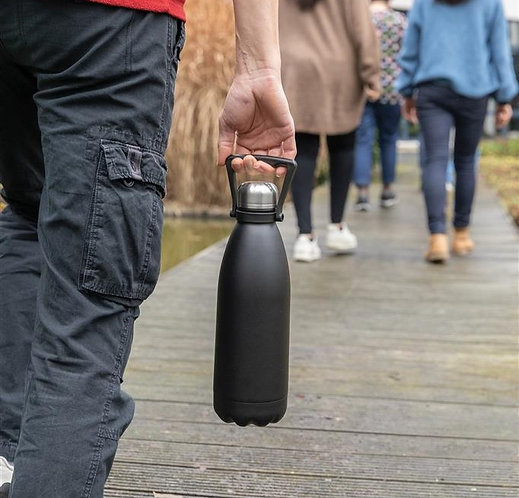 Botella grande de acero inoxidable al vacío 1.5L negro