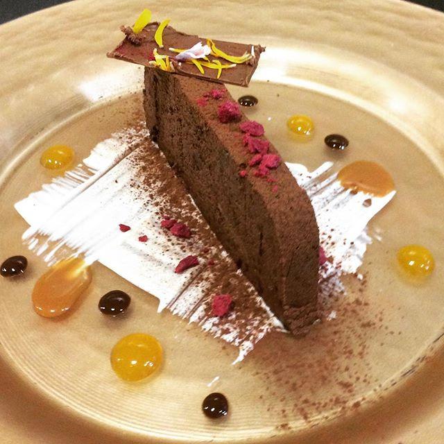Tarta de chocolate y cerezas #puragula #