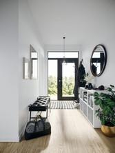Ablagemöglichkeiten und Stauraum im Eingangsbereich sind mit dem modularen Möbel ausreichend vorhanden