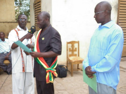 Mayor of Bamako's 4th District Gives Speech at Official Project Launch
