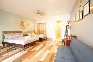 room3_181012_0006.jpg
