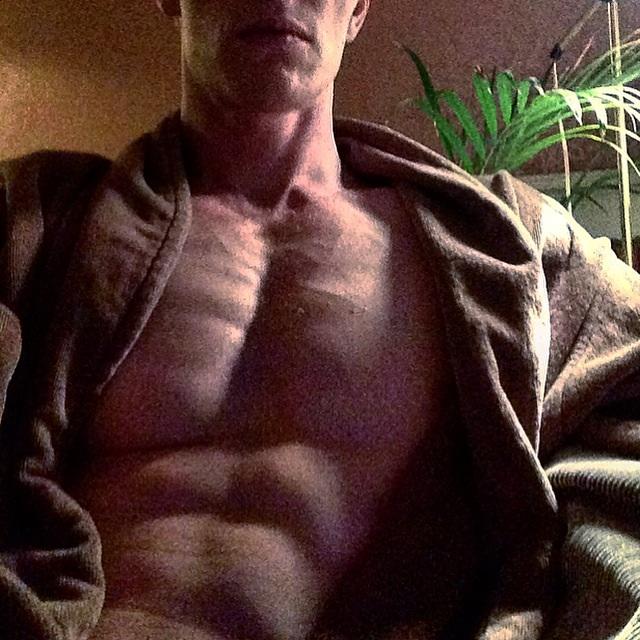 Schou Daniel, abs workout