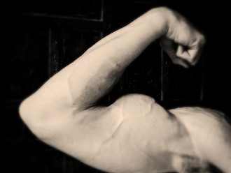 3 biceps exercises for both size and peak